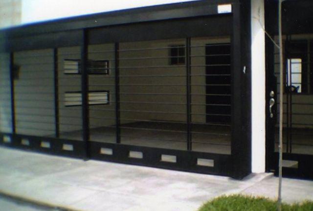 Maquinados y paileria mapaza portones for Puertas para casas minimalistas