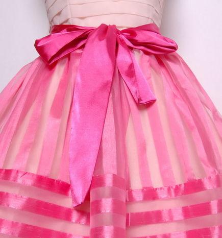 1001 fashion trends: Pink short skirts I