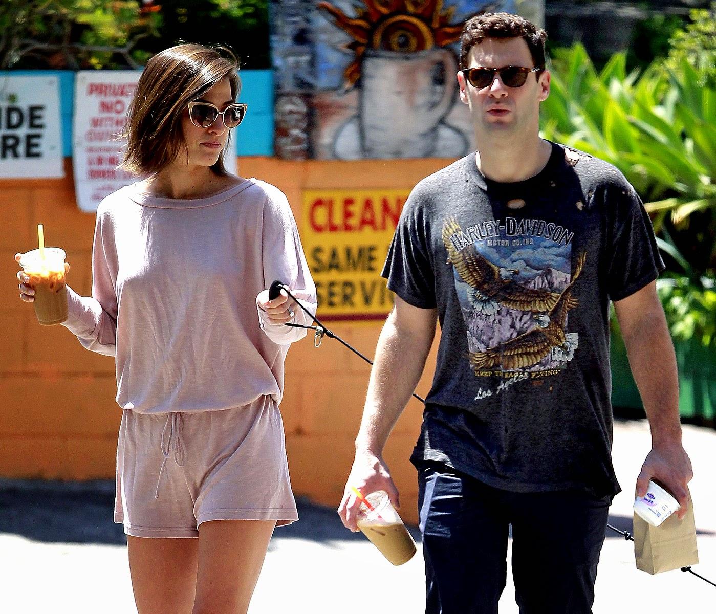 Justin Bartha with Girl friend