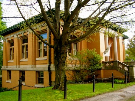 Joslin Memorial Library