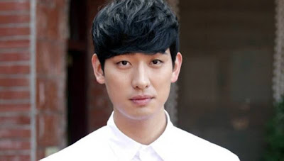 Yoon Park Flower of The Equator