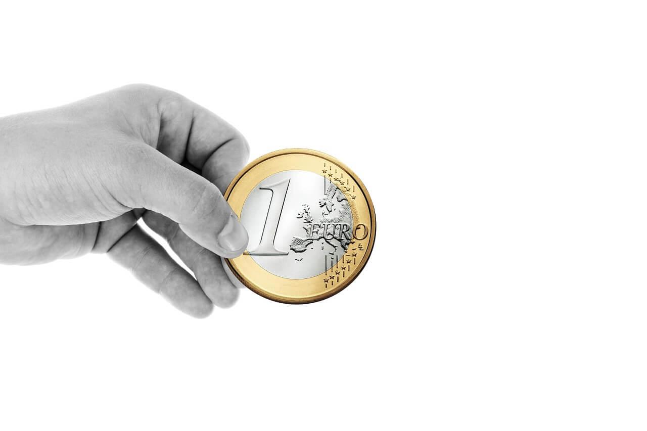 Обмен денег в Сербии