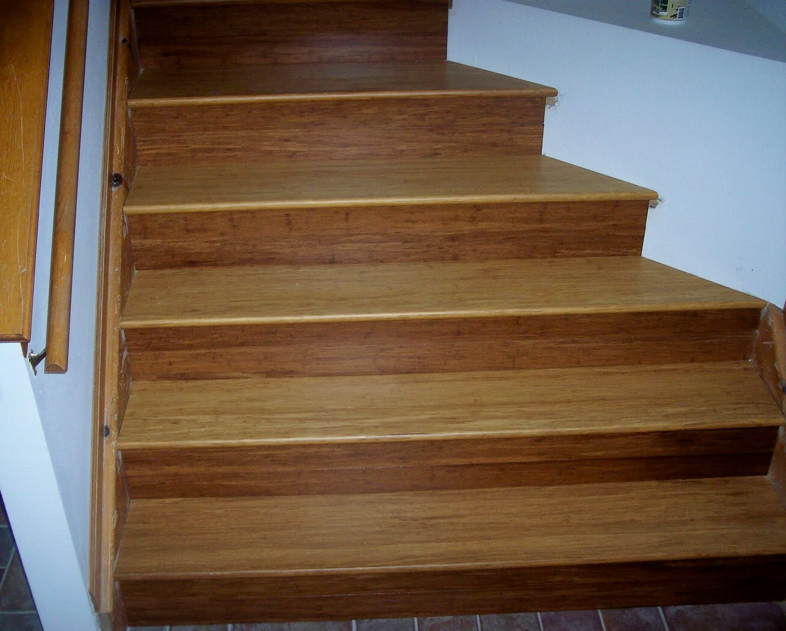 Laminate flooring glasgow laminate flooring stores for Laminate flooring retailers