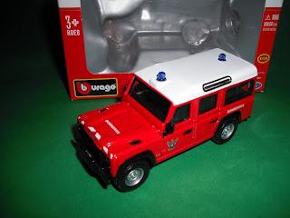 Vendo Miniaturas Land Rover / RANGE ROVER Land+Rover+Defender+Bombeiros