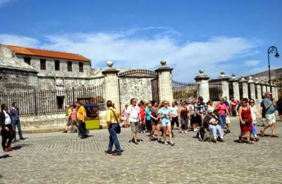 Cuba old havana room to rent casa particular Casa Maura