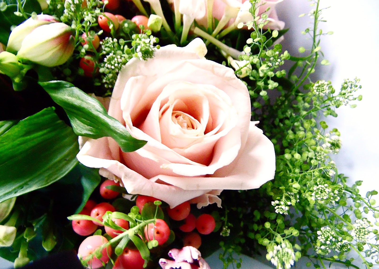 Appleyard London Flowers // Gifting for Valentines Day | Hannah Heartss