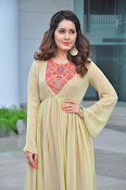 Rashi Khanna new glamorous photos-thumbnail-13