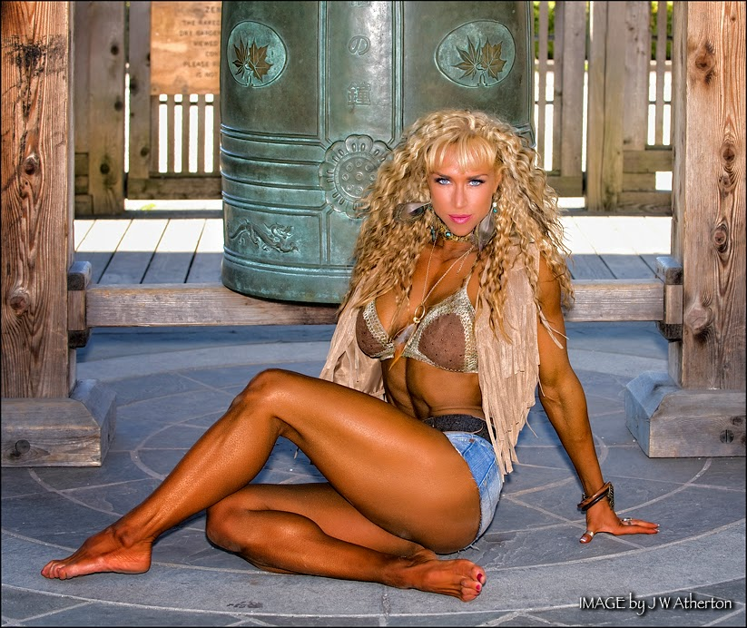 Ocean Bloom - Female Fitness Model