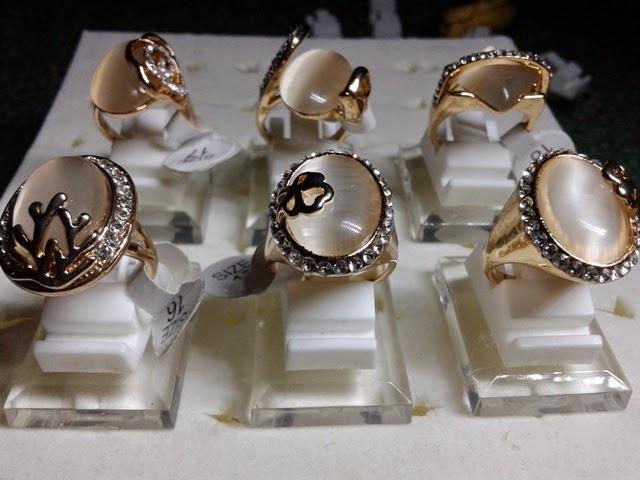 model cincin batu mulia images