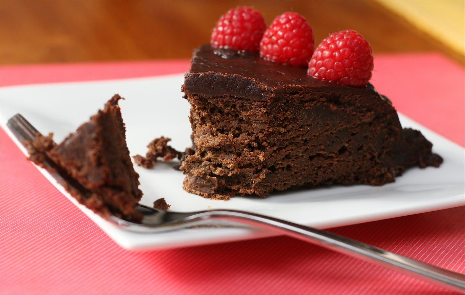 Warm Raspberry Pudding Cake