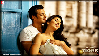  Katrina Kaif and Salman Khan Romancing HD Wallpaper from Ek Tha Tiger