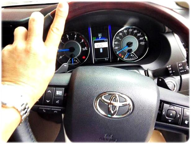 Stir dan Speedometer Toyota Fortuner Generasi Terbaru 2015