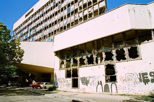 Survivalisme urbain et vécu : Bienvenue en enfer. Bosnia+4