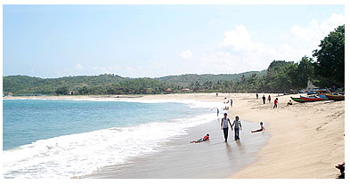 Wisata Pantai Tambakrejo Murah Meriah