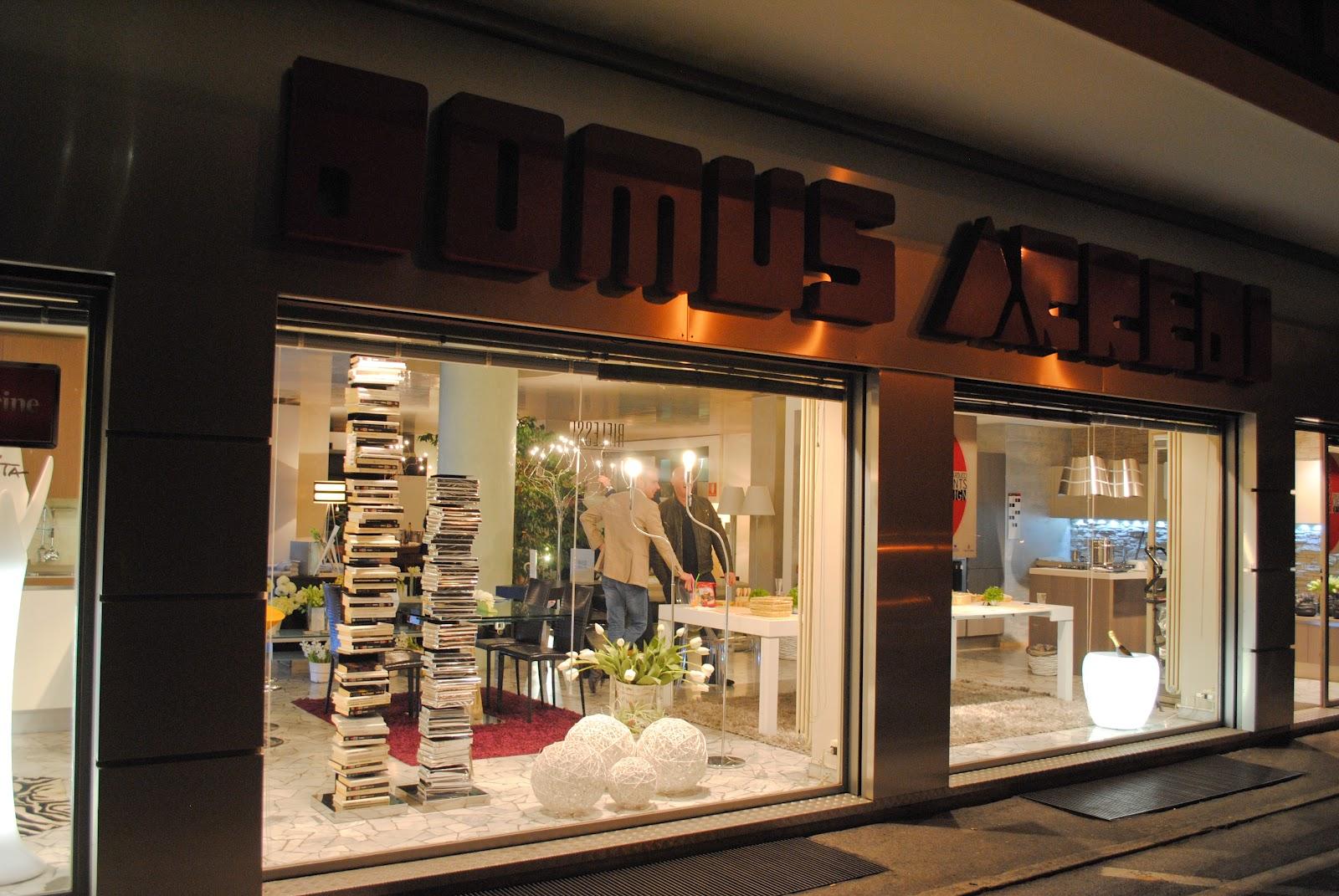 Domus arredi aprile 2012 for Domus arredo