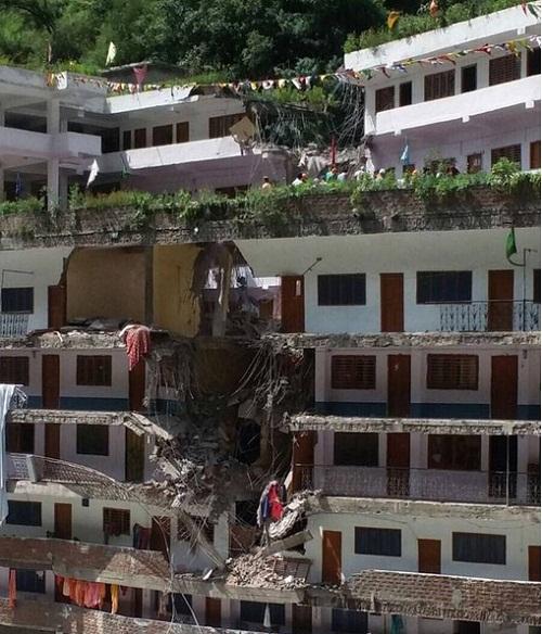 manikaran_saheb_landslide