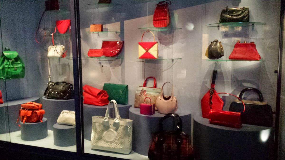 Amsterdam's Handbag and purse museum - Tassen museum Hendrikje