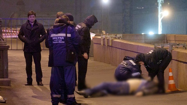 полиция у трупа Бориса Немцова
