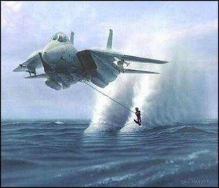 Ski aquatico puxado por avião