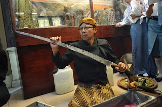 Jamasan Pusaka Menjaga Aset Budaya Museum Soegarda