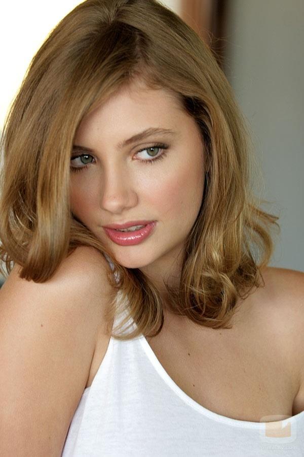 Hot Beautiful Sexy Italian Women : Miriam Giovanelli
