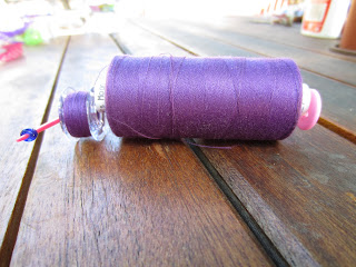 bobbin hugger thread storage system in use