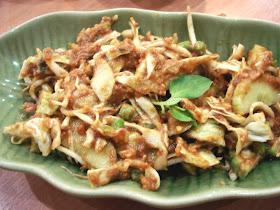 Hana Sfachrianti Nama Nama Makanan Khas Bandung