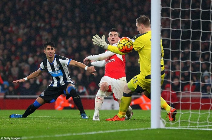 Arsenal Tops EPL Table: Arsenal 1 Newcastle 0 (Watch The Goals And Highlights)