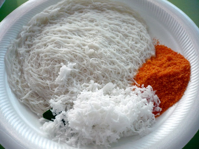 inilah Kue  Putu mayam Dari India