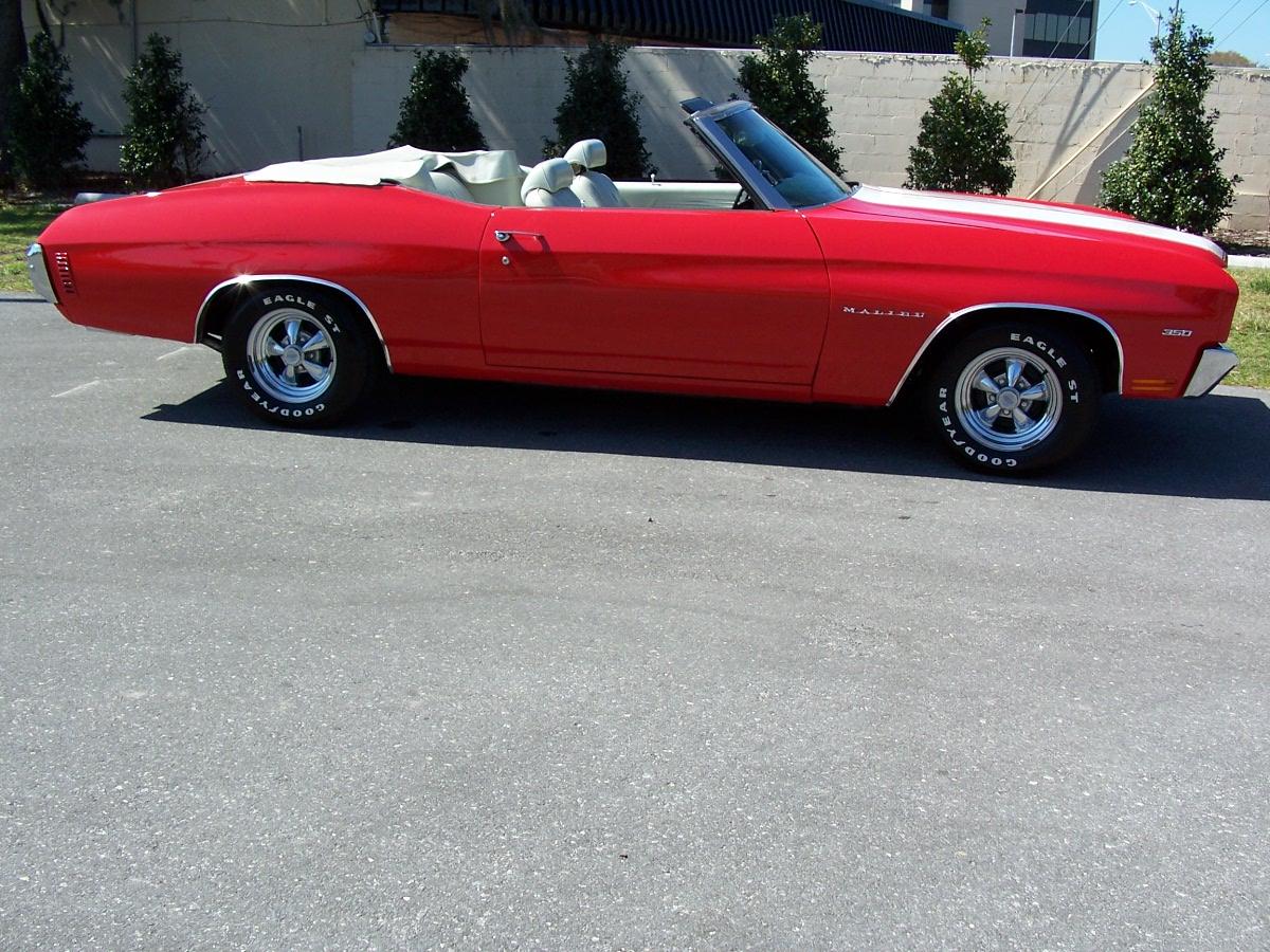 http://3.bp.blogspot.com/-AjqBIPHeF8s/Tg3Fc4zwl_I/AAAAAAAAADM/3QWIlPqNn34/s1600/1970+Chevrolet+Chevelle+SS+396+convertible+7.JPG