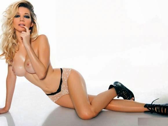 micaela-breque-desnuda-hot