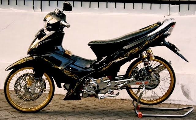 modifikasi suzuki arashi hitam