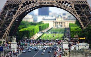 Foto Menara Cinta Paris