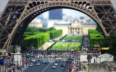 menara tertinggi di paris prancis bahkan di dunia , higest tower