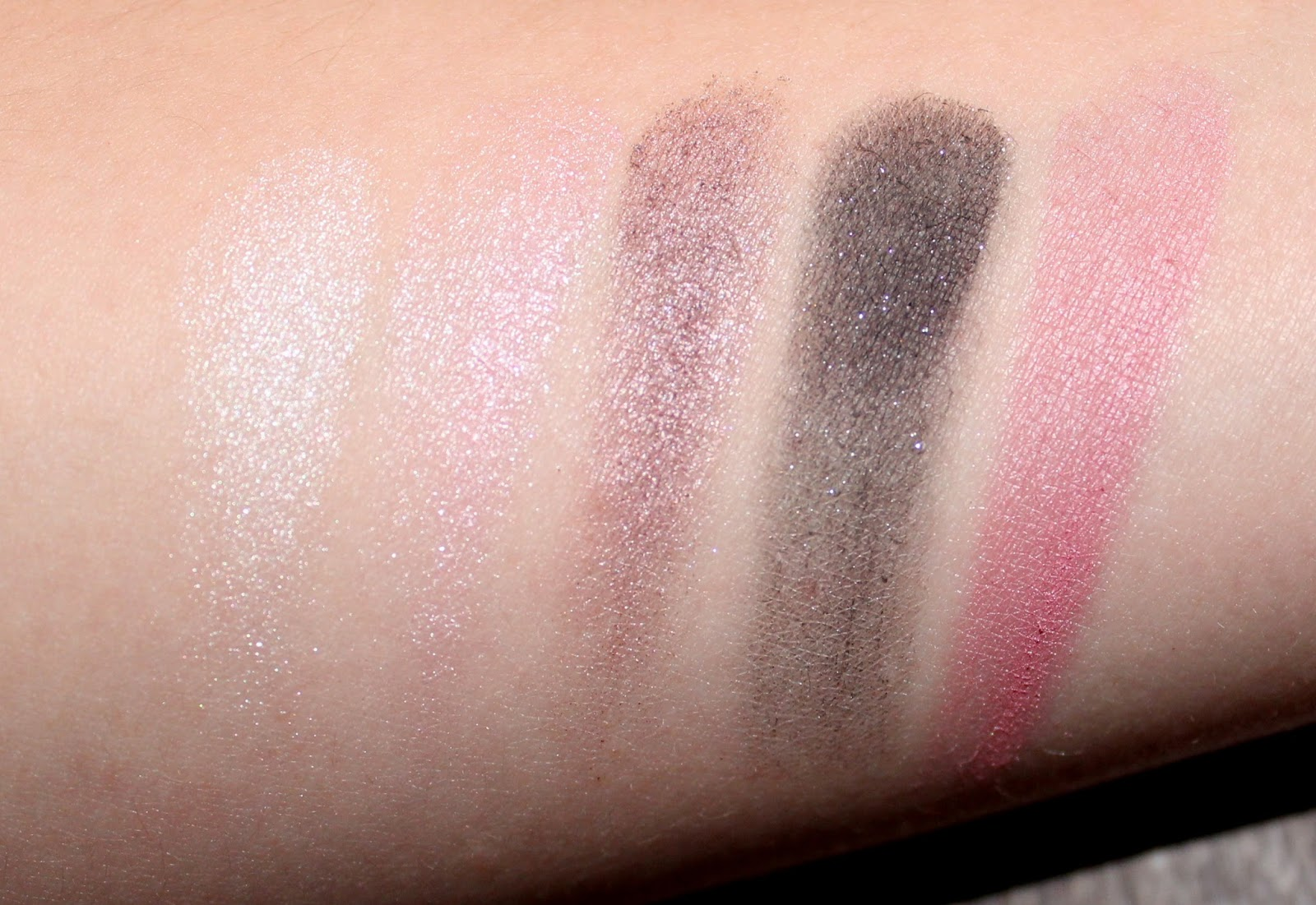 Clinique's The Nutcracker Act 1 Palette Swatches