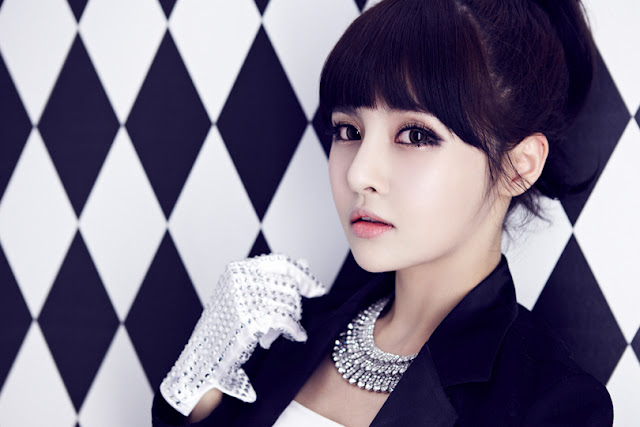 This is Boram s look o...