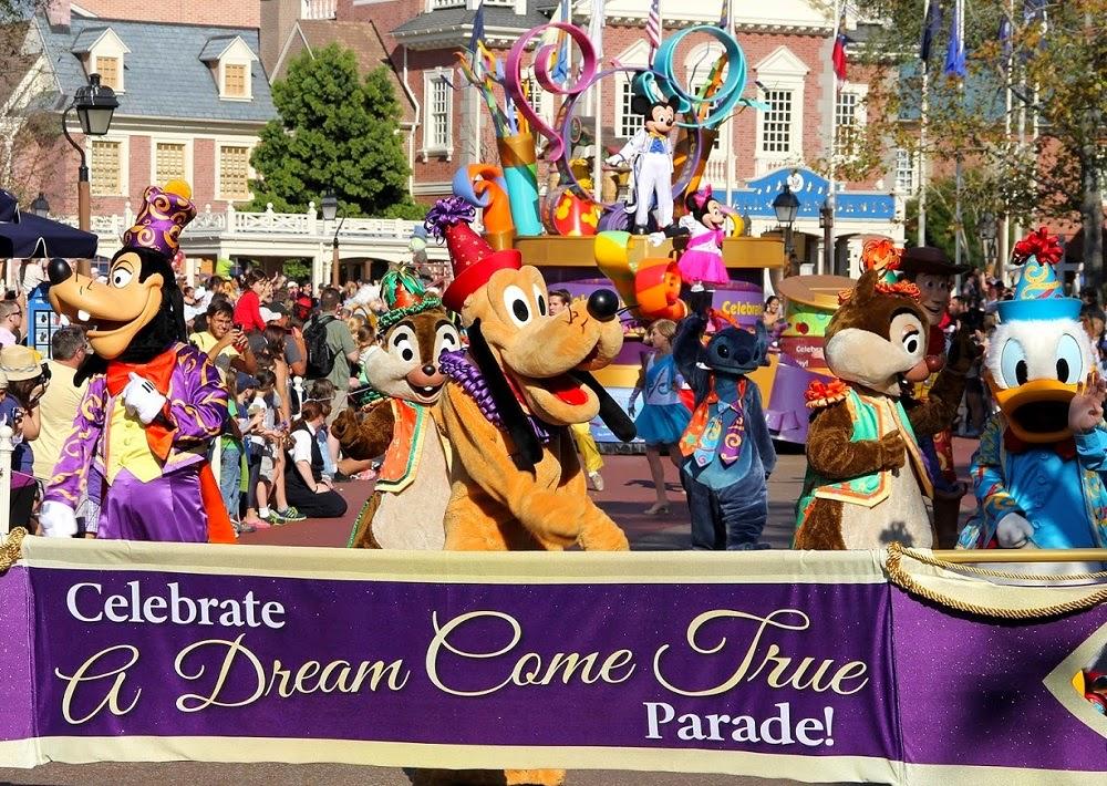Atrações do Parque Disney Magic Kingdom - Parada musical