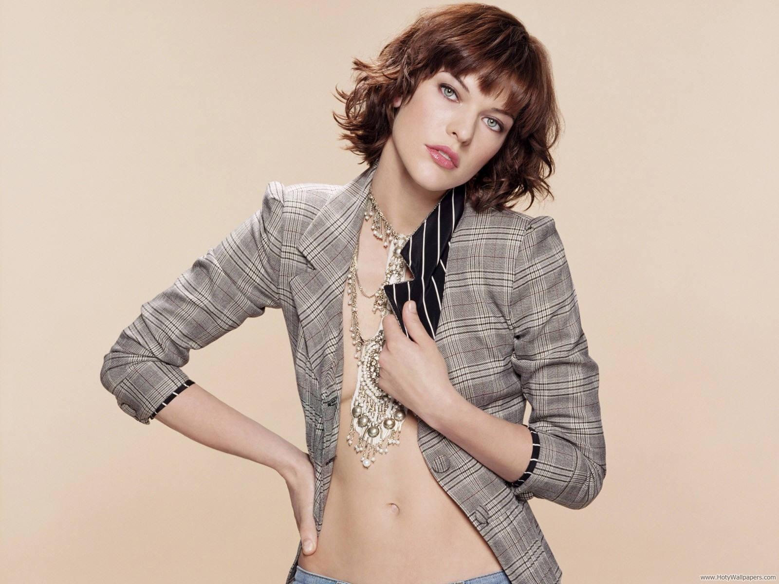 http://3.bp.blogspot.com/-AkCWE_URIZw/TpxUik624kI/AAAAAAAAMTk/x_A14nCEEMg/s1600/milla_jovovich_russian_actress_wallpaper.jpg