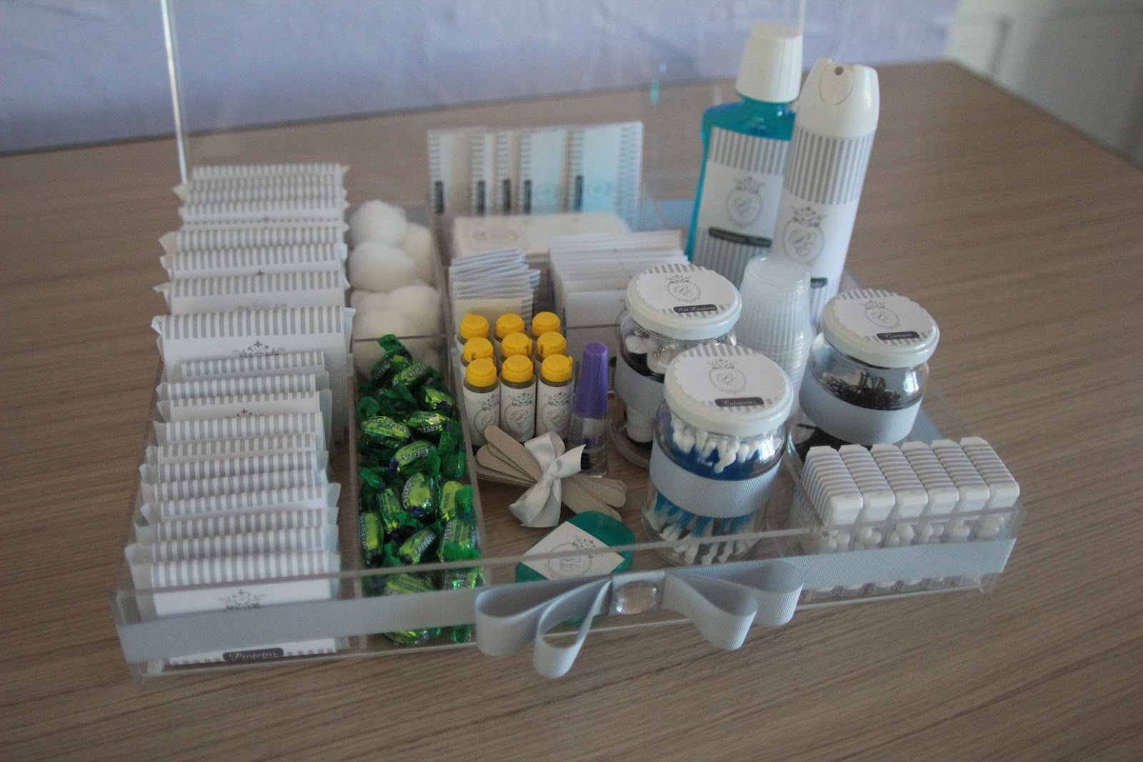 acrílico caixas banheiro casamentos itens personalizados kit toilette #B1851A 1600 1067
