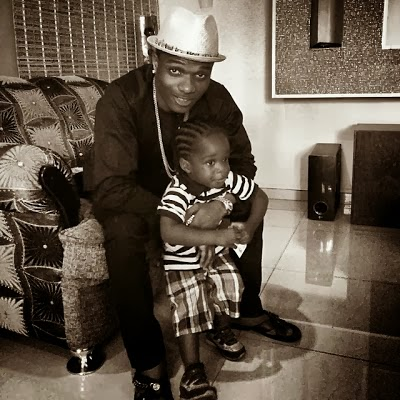 Swag,Wizkid poses with his cute son