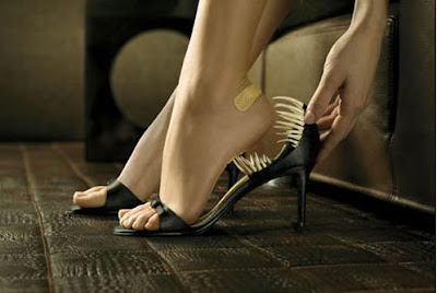 Should pregnant women wear high heels?