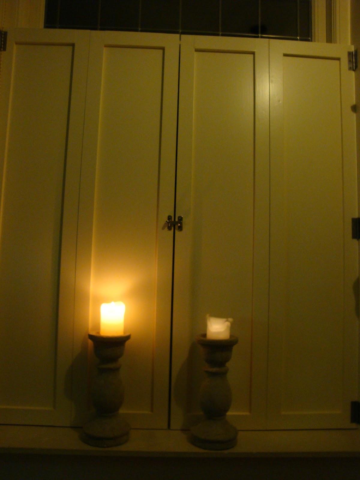 Creatief in huis luikjes voor het keukenraam - Meubels keukenraam ...