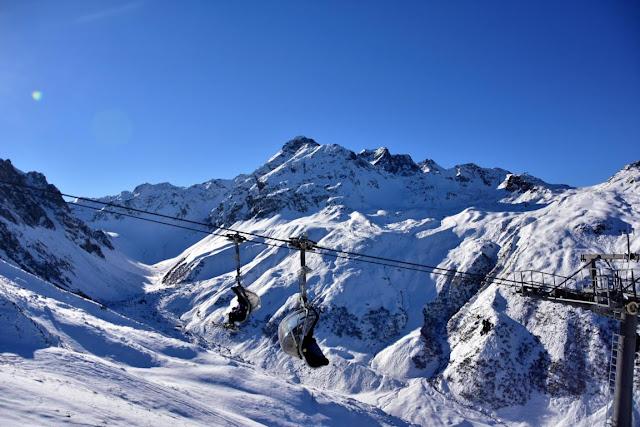skiing schruns