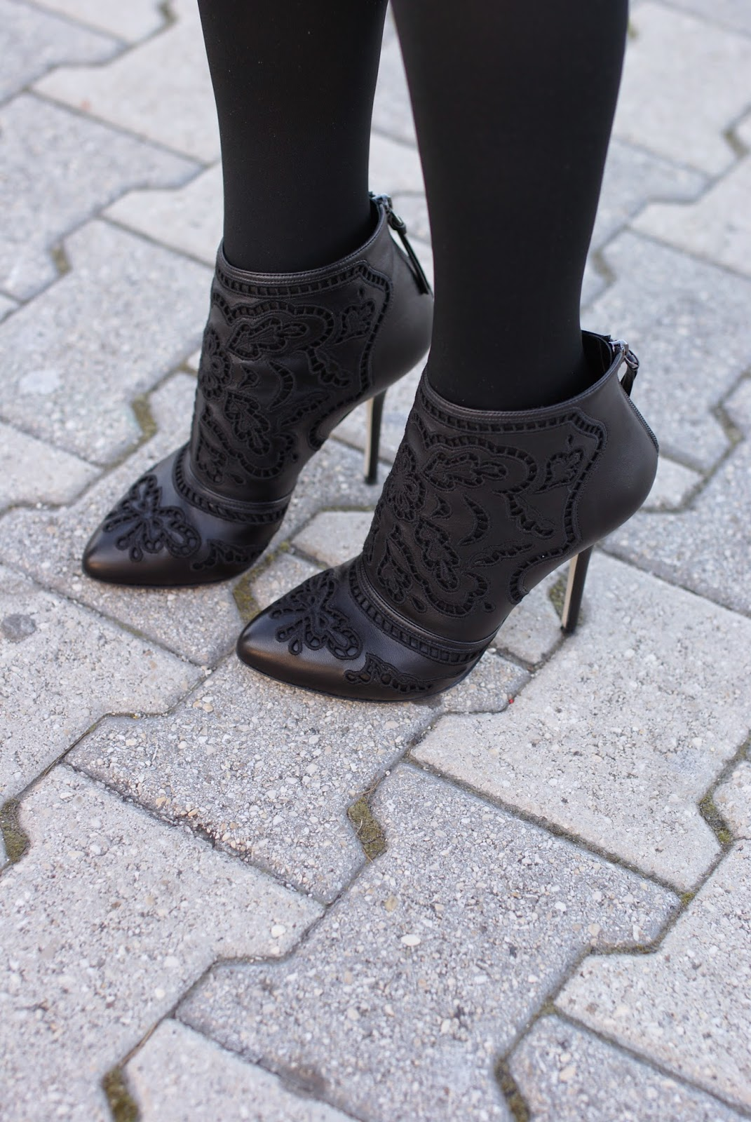 Dolce & Gabbana black leather Coco cut-out ankle boots, Fashion and Cookies fashion blog, fashion blogger italiana