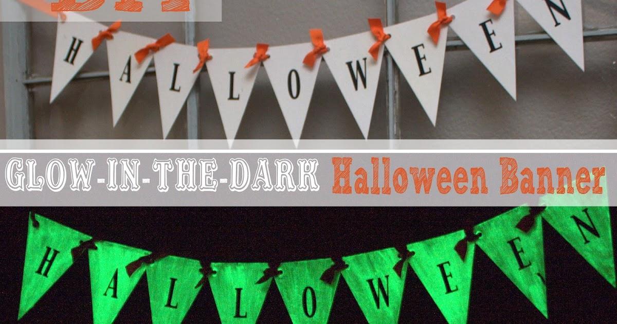 52 Mantels Glow In The Dark Halloween Banner Celebrate