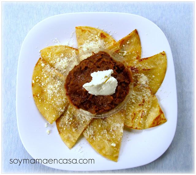 bocadillos o snacks de tortillas con frijoles