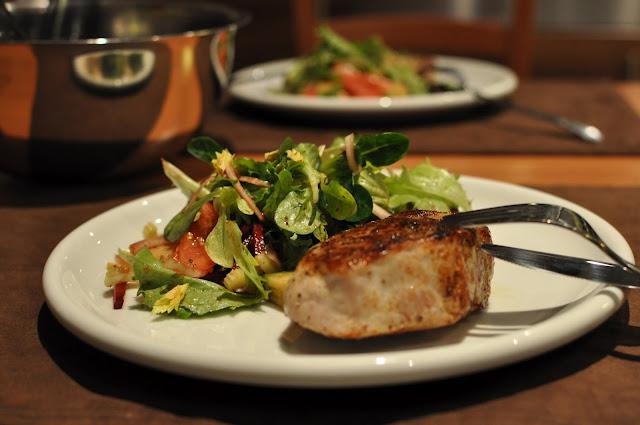 Steak z teľacej sviečkovice s miešaným šalátom