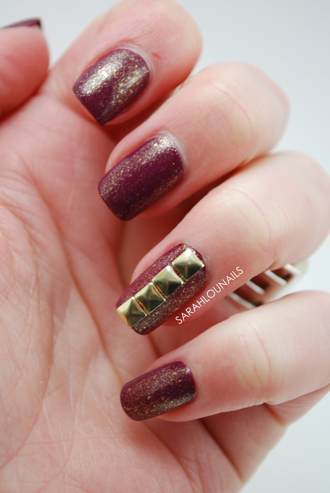 Sarah Lou Nails: Maroon & Gold Studded Nails!