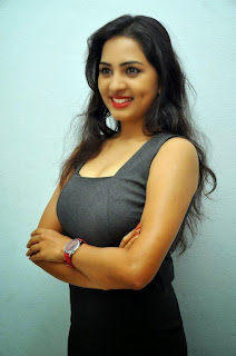 Srushti Dange Marathi Babe cute spicy HQ Pics
