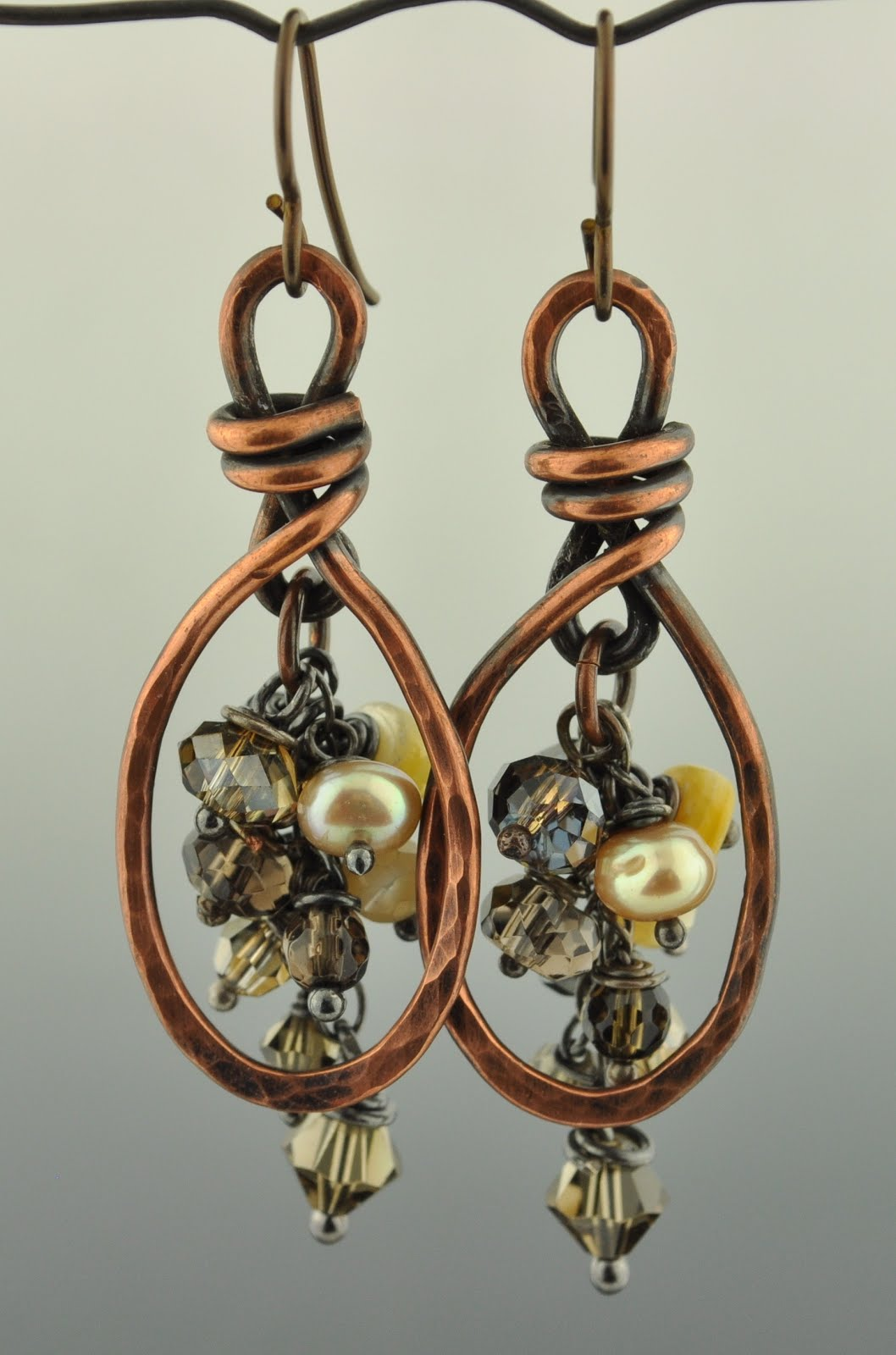 Learn to make beautiful jewelry with Tracy!